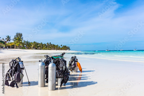 Montage in der Fensternische Sansibar Scuba Diving gear equipment on Kendwa beach in Unguja aka Zanzibar Island Tanzania East Africa