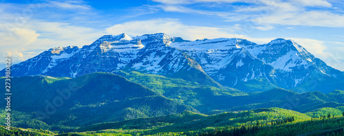 Foto auf Leinwand Blau Jeans Summer landscape in the Wasatch Mountains, Utah, USA.