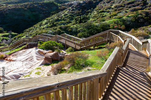 Foto The stairs along the Hallett Cove boardwalk around the Sugarloaf rock formation