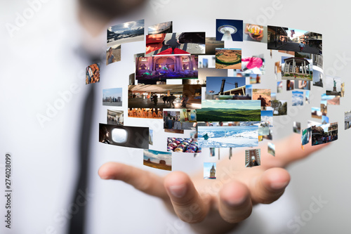 Obraz Internet broadband and multimedia streaming entertainment - fototapety do salonu
