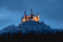 Burg Hohenzollern Im Winter, B...