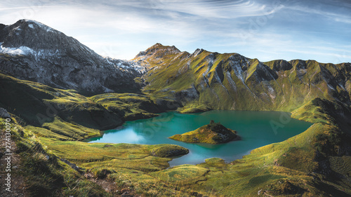 Stickers pour portes Alpes Mountain lake in the bavarian alps