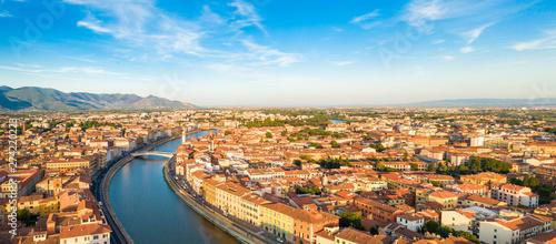Stampa su Tela Città di Pisa, lungarno e ponte di Mezzo vista aerea con drone