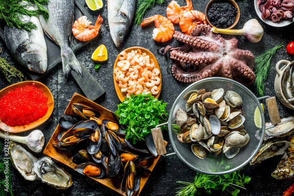 Fototapety, obrazy: Healthy diet food. A variety of fresh seafood.