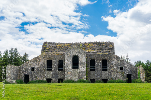 Fotografie, Tablou  The ruins of the iconic HellFire Club on Montpelier Hill in Dublin, Ireland, a very popular site for Irish walkers, a place of mystery and horror tales, looking majestically on a summer day