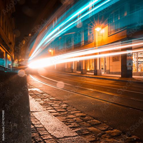 Fotografie, Obraz  Strassenbahn Langzeitbelichtung