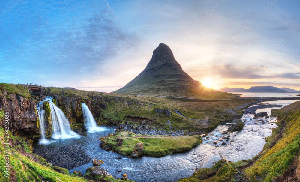 Fototapety, obrazy: Kirkjufell mountain with waterfalls, Iceland