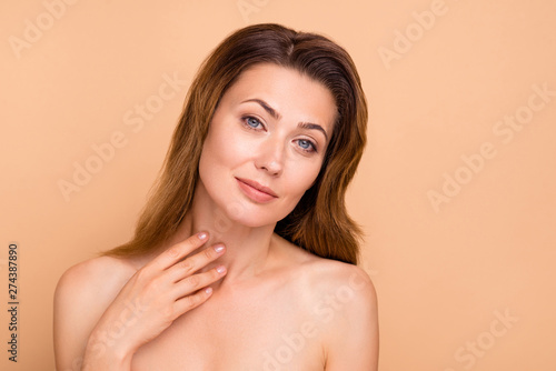 Valokuva  Close up photo beautiful amazing mature cute she her lady hold hands arms touch