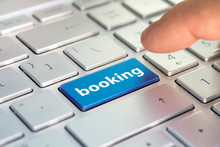 Booking Tickets For Transport On The Internet. Hotel Reservation Online. Flight Booking, Plane Travel Fly Check, Buy Website E-ticket, Business Concept, Buy E-tickets On The Website.