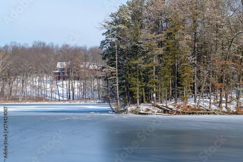 Obraz na plátně  Frozen Lake