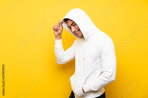 Photo  Handsome sport man over isolated background