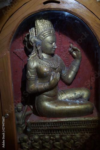 Buddhist statues inset in alcove of the Ananda Phaya Temple Slika na platnu