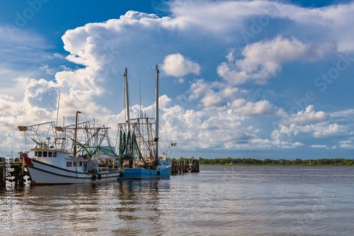 Canvas Print shrimp boats