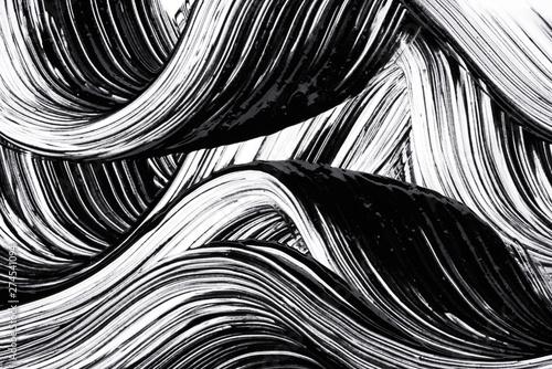 Fotografía  Black strokes and texture mascara or acrylic on a white background