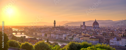 Fotografiet  The sunset over Florence, capital of Italy's Tuscany region.