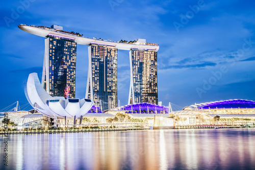 SINGAPORE, SINGAPORE - MARCH 2019: Skyline of Singapore Marina Bay at night with Canvas Print