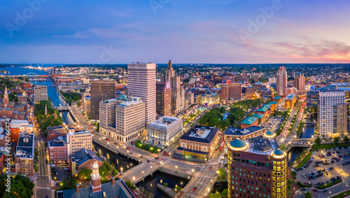 Pinturas sobre lienzo  Aerial panorama of Providence skyline at dusk