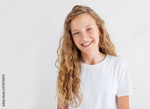 Obraz Portrait smiling young girl teen - fototapety do salonu