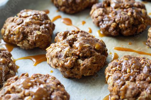 Obraz na plátně  oatmeal cookies with caramel