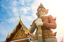 Jade Buddha Temple, Grand Pala...