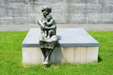 Denkmal Für Sr. M. Theresia S...