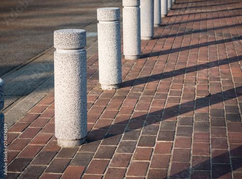 Fotografía  Stone Bollards on street City Pathway Public walkway