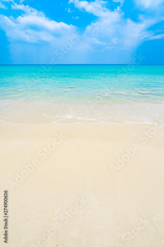 Poster de jardin Plage The clean and beautiful white beach of southern Thailand