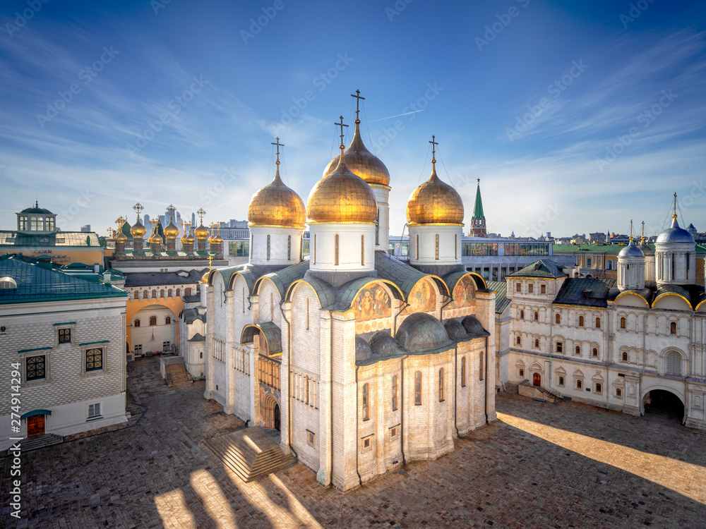 Fototapety, obrazy: Assumption Cathedral of the Moscow Kremlin in the evening