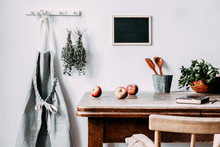 Vintage And Cozy Country Kitch...