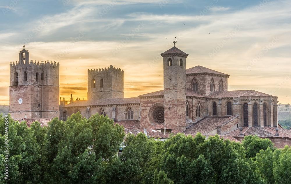 Fototapety, obrazy: Cathedral of Santa Maria in Siguenza province of Guadalajara in Spain