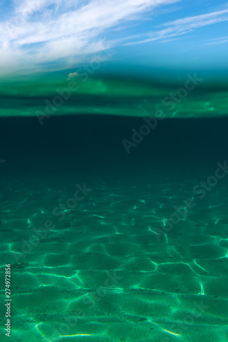 Valokuva  Summer time under the sea ocean water