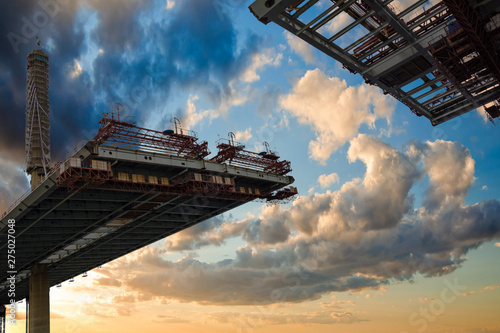 Foto op Aluminium Bruggen construction bridge crossing