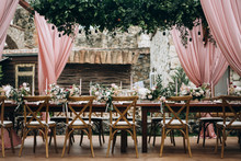 Wedding Table Settings And Floral Design