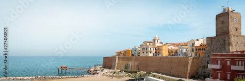 Foto auf Leinwand Dunkelbraun Panorama of old Termoli city