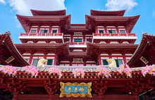 Buddha Tooth Relic Temple And Museum In Singapore.
