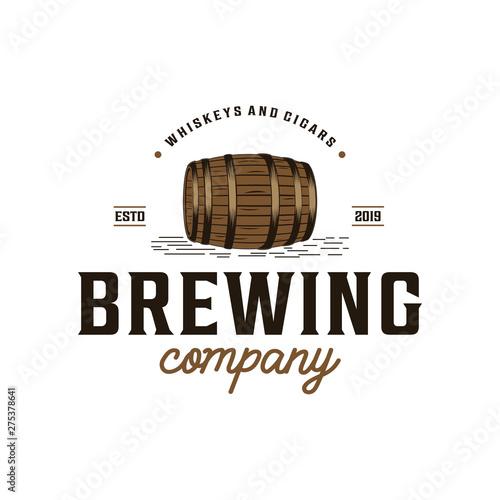 Carta da parati Brewing company with barrel vintage logo