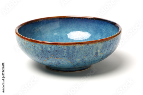 Foto bowl of china on white background