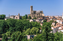 Nouvelle Aquitaine - Limousin - Haute-Vienne - The Saint-Etienne Cathedral And The Saint-Etienne Bridge On The Vienne River