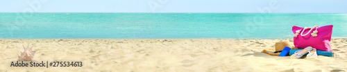 Keuken foto achterwand Strand Set of different stylish beach accessories on sand. Space for text
