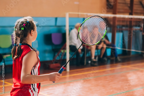 Photo Badminton court with players