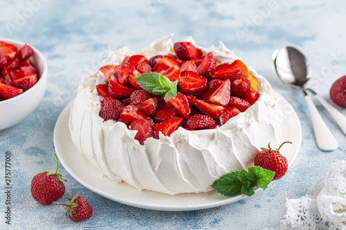 Delicious Pavlova cake with fresh strawberry
