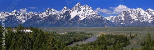 Fotografia Grand Teton Mountain range from the Snake river overlook, Wyoming