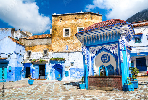 Papiers peints Maroc Beautiful view of the square in the blue city of Chefchaouen. Location: Chefchaouen, Morocco, Africa. Artistic picture. Beauty world