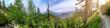 Panorama in Österreich Kärnten Ausblick auf die Berge vom Wanderweg