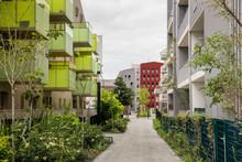BORDEAUX. Walking Through Modern  Neighborhoods In Bordeaux, France