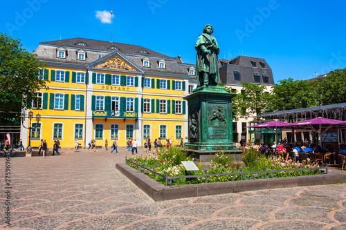 Fotografía  Beethoven monument in Bonn, Germany