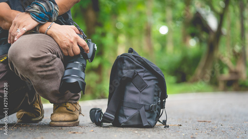 Foto  Photographer Lifestyle With Camera Bag