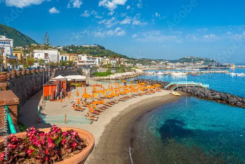 Fotografía Landscape with Casamicciola beach, coast of ischia, italy