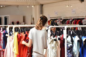 magasin vêtements location mode habillement