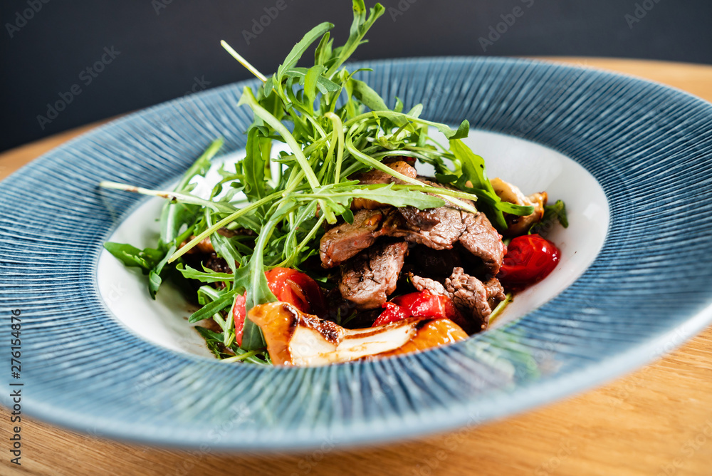 Fototapety, obrazy: salad with beef and roasted vegetables